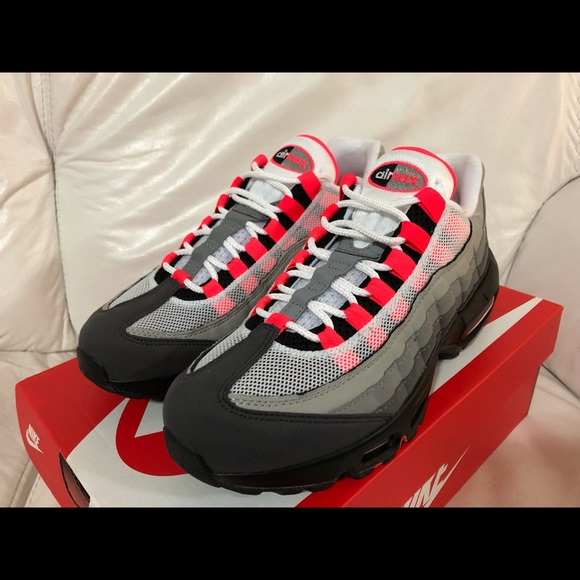 best loved df91d 90d78 Nike Air Max 95 OG White Solar Red Granite New